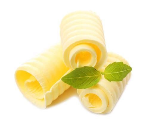 cerstve maslo-vazene-balene-po-cca-250g-domaci maslo